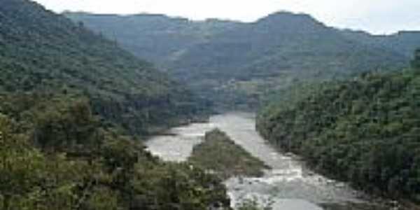 Rio das Antas visto da ponte em Flores da Cunha-Foto:cicero r maciel