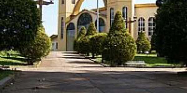 Praça e Igreja Matriz de Gentil-Foto:Eliézer Jose da Silv…