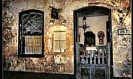 Lagoa Grande - Restaurante com fachada antiga em Lagoa Grande-Foto:Gabriel Durdos