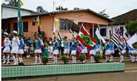 Gramado dos Loureiros - Desfila 7 de Setembro em Gramado dos Loureiros-Foto:P.M.