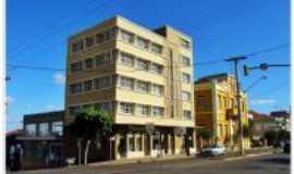 Guaporé - Patrimônio Histórico, por Caminhos de Guaporé., Por Gilberto Dal Mas