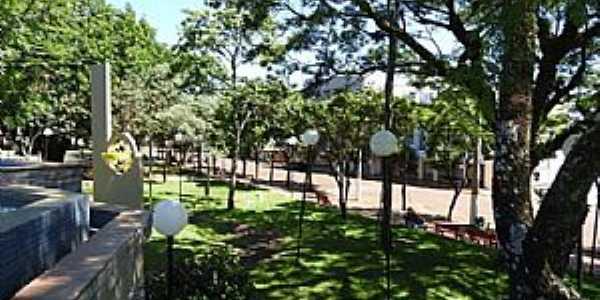 Horizontina-RS-Praça no centro-Foto:wp.clicrbs.com.br