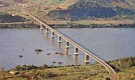 Iraí - Ponte sobre o Rio Uruguai-Foto:GeoReporter