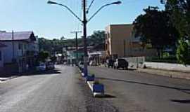Jacutinga - Avenida da cidade-Foto:Carlos Michelim
