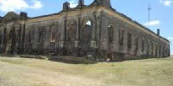 Ruinas da Enfermaria militar, Por Ubirajara Moura