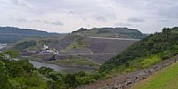 Vista da barragem e casa de for�a da UHE de Machadinho-Foto:eltonstrada