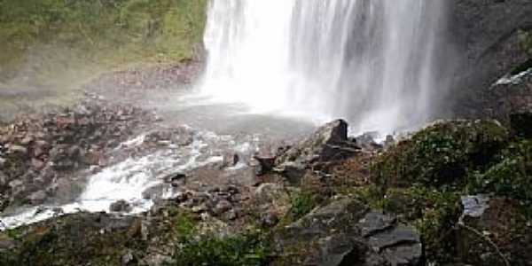Mampituba-RS-Cachoeira dos Borges-Foto:Bruce Dickinson