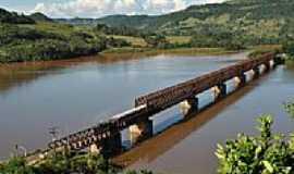 Marcelino Ramos - Ponte Ferroviária, mais de cem anos de história, em Maecelino Ramos-RS-Foto:Zelia Waltrick