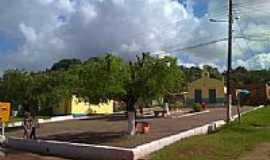 Lamarão do Passe - Praça e Igreja em Lamarão do Passe-Foto:Dafilhos Lago