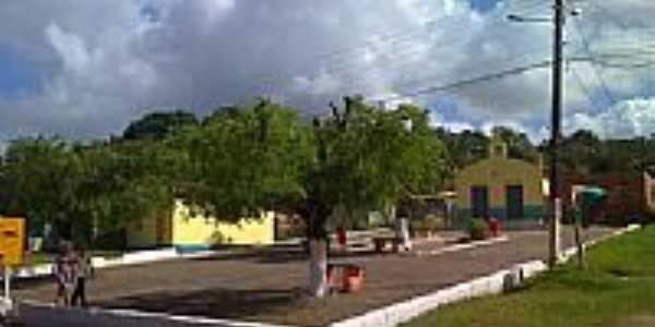 Praça e Igreja em Lamarão do Passe-Foto:Dafilhos Lago