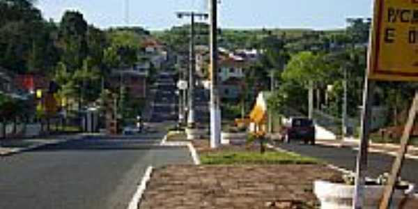 Rua central-Foto:Auri Brandão