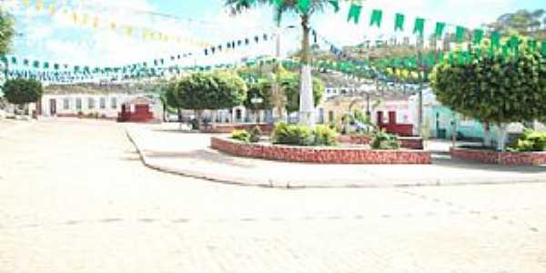Largo-BA-Praça central do Distrito-Foto:largodepiritiba.blogspot.