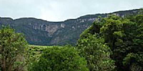 Montanhas-pcrapaki