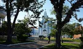 Mostardas - Igreja S�o Luis Rei da Fran�a, Mostardas, RS - Por Ubirajara Buddin Cruz