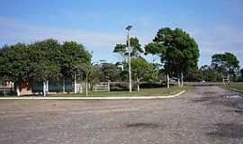 Mostardas - Mostardas-RS-Praça na localidade de Solidão-Foto:Ubirajara Buddin Cruz