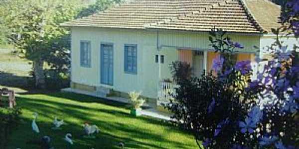 Nova Boa Vista-RS-Residencia em área rural-Foto:www.cooperhaf.