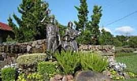 Nova Petrópolis - Monumento ao Imigrante em Nova Petrópolis-RS-Foto:Romão