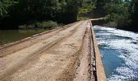 Nova Prata - Nova Prata-RS-Ponte na entrada do Parque Caldas de Prata-FotoDarlan Corral