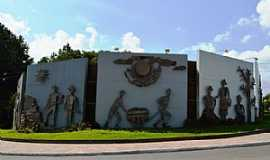 Nova Prata - Nova Prata-RS-Painel do Trevo Sul-Foto:www.novapratars.com.br