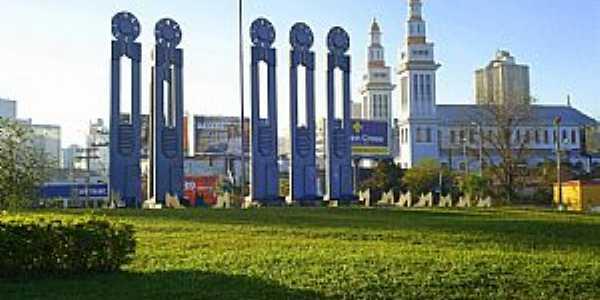 Novo Hamburgo-RS-Monumento ao Sapateiro-Foto:Vilson Flôres