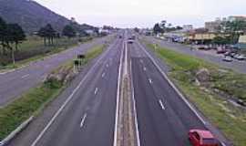 Osório - Rodovia BR-101 em Osório-RS-Foto:Archimedes