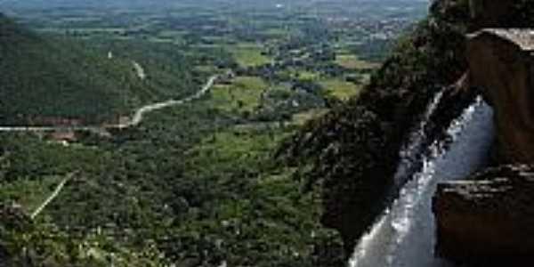 Cachoeira em Livramento de Nossa Senhora-BA-Foto:doutorjorge