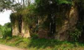 Pareci Novo - Ruinas, Por Darlan Raymundo
