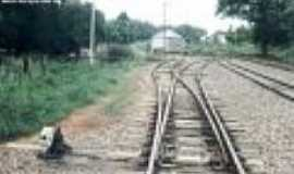 Passo Novo - Estação de Passo Novo, ao fundo, em 10/02/1996-Foto:Alfredo Rodrigues
