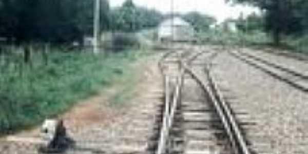 Estação de Passo Novo, ao fundo, em 10/02/1996-Foto:Alfredo Rodrigues
