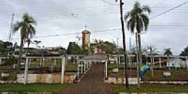 Praça e Igreja de Paulo Bento-RS-Foto:grigolo