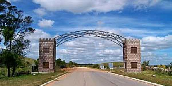 Pedras Altas-RS-Pórtico de entrada da cidade-Foto:Roque Oliveira