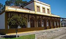 Pedro Osório - Pedro Osório-RS-Antiga Estação Ferroviária-Foto:PCRAPAKI-TRAMANDAÍ-RS