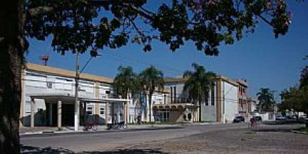 Praça 20 de Setembro, 455 - Pelotas - RS - por Henrique de BORBA