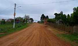 Pinhal da Serra - Estrada-Foto:Goku D