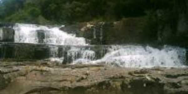 Cascata da Ferreira, Por Maria Cristina Fachin Liberalesso