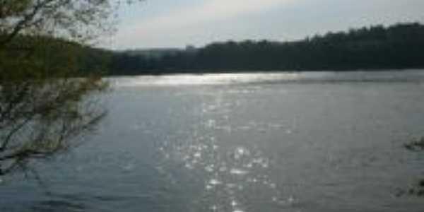 rio uruguai, Por Thuane Albarello