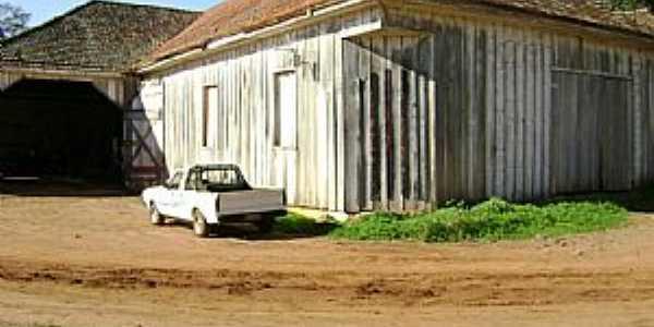 Galpão da Família Veríssimo da Fonseca — em Pinheiro Marcado.