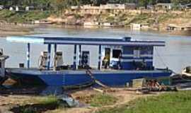 Feijó - Posto de Combustível no Barco em Feijó-Foto:JEZAFLU=ACRE=BRASIL
