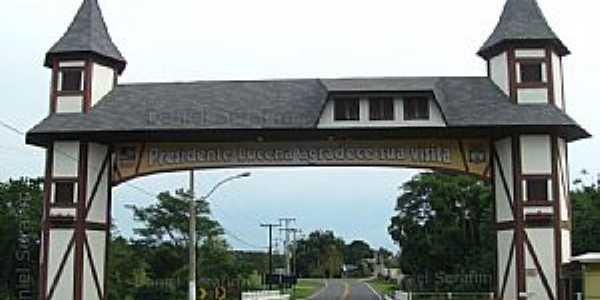 Presidente Lucena-RS-Pórtico de entrada da cidade-Foto:Daniel Serafim