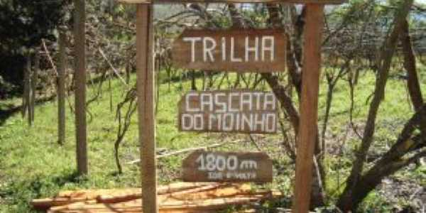 Trilha da Cascata do Moinho - Progresso - RS, Por simone berté