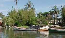 Rio Grande - A Ilha dos marinheiros se localiza na margem oeste da Laguna dos Patos em Rio Grande-RS