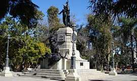 Rio Grande - Rio Grande-RS-Monumento à Bento Gonçalves na Praça Tamandaré-Foto:Nelson Biasoli dos Anjos