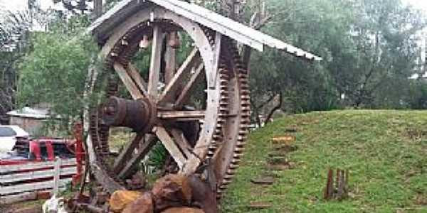 Rio Toldo-RS-Engrenagens do antigo Moinho Aurora-Foto:www.jornalboavista.com.br