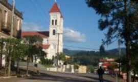 Roca Sales - Antiga casa Comercial construída em 1916 e a Igreja Matriz, Por Adilar Signori