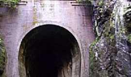 Roca Sales - Tunel por giovanigio
