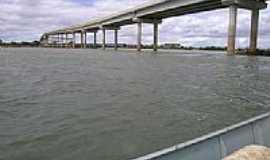Malhada - Ponte sobre o rio sao francisco em Malhada Bahia por rafael1995