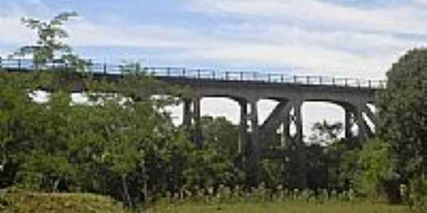 Ponte do trem por João Alberto Aquino
