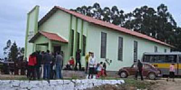 Igreja adventista do Sétimo dia em Sant´Auta Município de Camaquã-Foto:Henrique de BORBA2