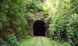 Santa Tereza - Santa Tereza-RS-Túnel da Linha Ferroviária-Foto:pheylmann