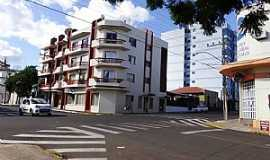 Santiago - Visão da Benjamin Constant esquina com a Pinheiro Machado.